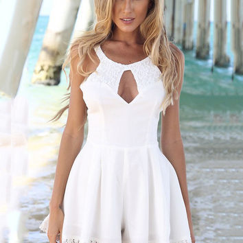 Sleeveless Lace Cutout Backless Pleated Romper