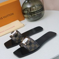 DCCK LV Louis Vuitton Women Flip Flop Sandal Slipper