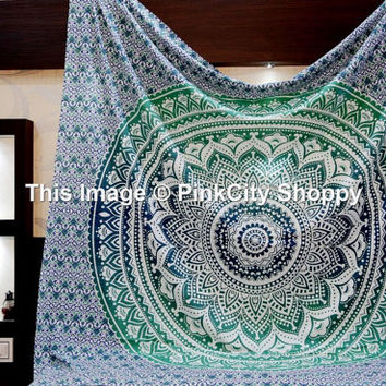 Mandala Tapestries Ombre Mandala wall hanging Bohemian Wall Tapestries Beach Throw ethnic Decor Art Indian Tapestries Mandala Tapestries