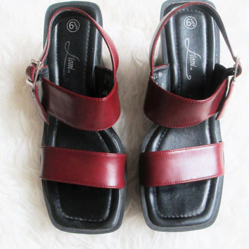 Wms Vintage 1990s Oxblood Chunky Heel Wedge Sandals Sz 6.5