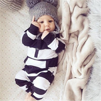 2017 New fashion baby rompers unisex cotton Long sleeves Black and white stripes  Jumpsuit newborn toddler baby boy girl clothes