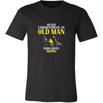 Skiing Shirt - Never underestimate an old man who loves skiing Grandfather Hobby Gift