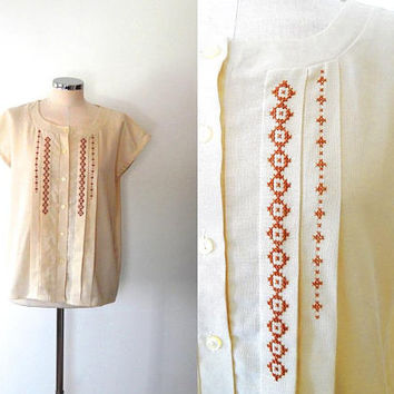 Cream embroidered blouse / diamond cross stitch / vintage / boho / button up / round collar / summer / large / capped sleeve blouse top