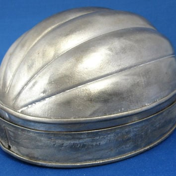 Edwardian English Tin Pudding Mold Melon Shape Mould 1890-1910 Baking Tin Kitchenalia