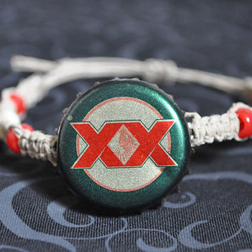 Dos Equis Beer Recycled Bottle Cap Hemp Bracelet, Green, Red and Gold, mexico, Most Interesting Man in the World beer