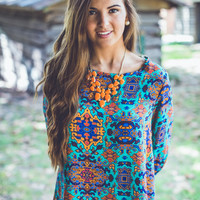 Abstract Medallion Top in Mint