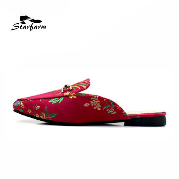 2017 summer slides flat Satin Embroidery Backless slippers Slip On pointed toe Loafers black blue pink red