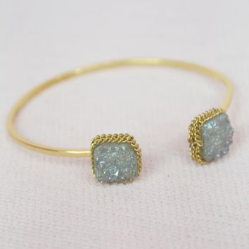 simple druzy cuff bracelet-grey/gold