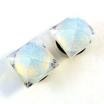 "Flower of Life Opalite Faceted Single Flare Plugs - 2g (6mm) 0g (8mm) 00g (10mm) 1/2"" (13mm) 9/16"" (14mm) 5/8"" 16mm Pyramid Ear Plugs Gauges"