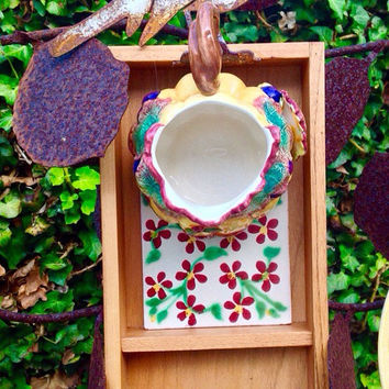 Wood & metal bird house/feeder
