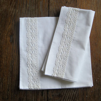 Cloth Napkins- ORGANIC with Antique Lace Napkins Set of 2- White Holiday Decor- Table Decor- Eco Friendly Gift