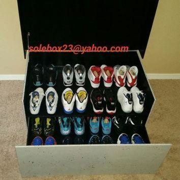 CREYUG7 Custom Oversized Jordan Shoe Box