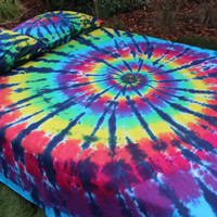 Queen duvet or comforter  cover 100% cotton  tie dye pillow 2 pillowcases shams. College Dorm student spiral bedding hippie gift