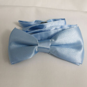 Light Blue  Bow tie, Boy's Bow tie, Bow tie, Bow Tie with Adjustable Strap, Boys Bowties, Kids BowTie, Wedding BowTie