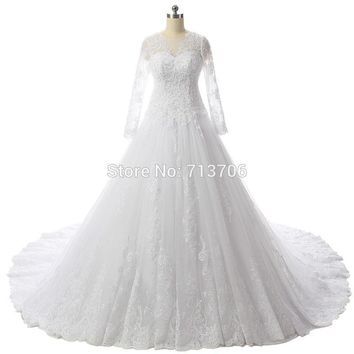 DB24702 Glamorous Ball gown Applique Lace Long sleeve Court Train Buttons Back 2017 Real Sample top selling wedding dresses