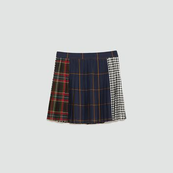 CHECKED MINI SKIRT DETAILS