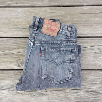 ACID WASH Levi's 501 Jeans - Vintage High Waisted Jeans - Size Levi 26 x 31 or US 3-ish