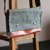 Waxed canvas bag - leather and canvas bag - biker bag - retro looking pouch - waxed canvas pouch - waxed canvas shoulder bag