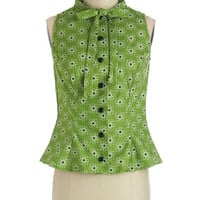 Sleeveless Affable Attitude Top in Science