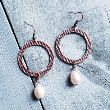 Copper and Freshwater Pearl Dangle Earrings 215D