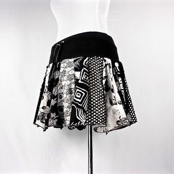 Patchwork Skirt, Upcycled Clothing, Hippie Skirt, Boho Chic clothing, Hippie Clothes, Bohemian Clothing, Short Skirt, Black and White Skirt
