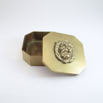 Vintage Brass Lion Lidded Box, Hexagon Brass Box w/ Lion Head Lid, Vintage Small Brass Jewelry Box, Small Brass Stash Box, Perfect Gift Box