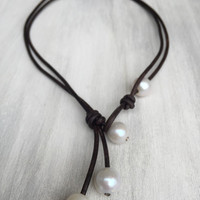 Freshwater pearl necklace, pearls on leather, freshwater pearls, pearl necklace, leather jewelry, pearls, pearls and leather