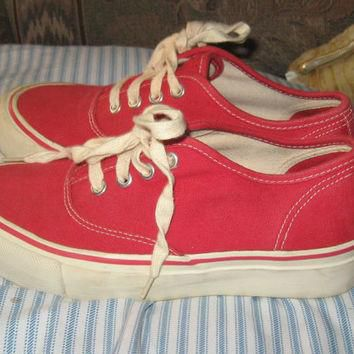 vintage red Canvas Sneakers Vintage 1980s Ralph Lauren Deck Shoes sz 6 b