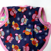 Bapron -  Drool Cover - Baby Bib - Baby Shower Gift -  Clothing Protector - Reversible Baby Bib - Pink Owl Bib - Fits size 6-18 Month
