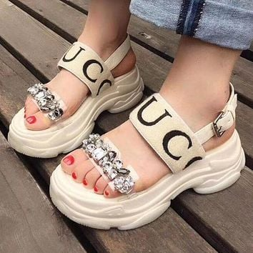 GUCCI Popular Women Stylish Transparent Crystal Platform Shoes Thick Sole Sandal Shoe White I12300-1