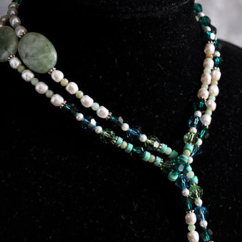 Emerald Green Lariat Necklace, Swarovski Crystal and Pearl, Mother's Day