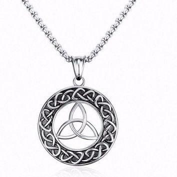 Round Viking Jewelry Men's Irish Celtic Knot Pendant Necklace- Stainless Steel Male Jewelry