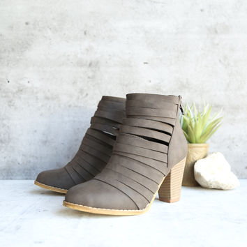 eve - strappy stacked chunky ankle bootie - grey