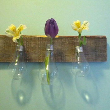 3 Light Bulb Vases on Decorative Pallet Wood
