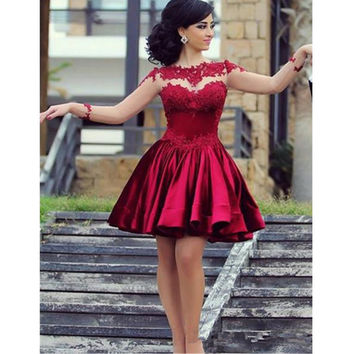 Illusion Long Sleeves Cocktail Dresses Dark Red A Line Appliques robe de cocktail Short Party Gowns Short Formal Dress