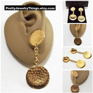 Avon Hammered Double Disc Clip On Earrings Gold Tone Vintage 1992 Metallic Melody Oval Chain Link Long Dangles
