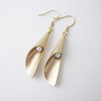 Calla Lilly Earrings, Calla Lily Jewelry, Pearl Earrings, Callalily, Bridal, Bridal Jewelry, Earing, Wedding, Bridesmaids, Calla Lilies,