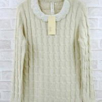Pearl Collar Twist Sweater White  S000598
