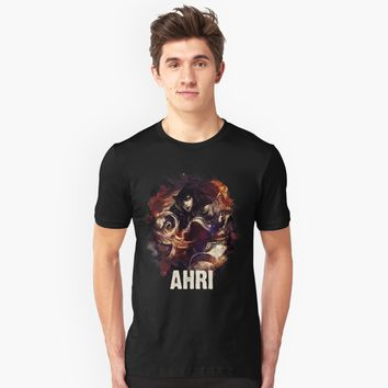 """League of Legends AHRI"" Unisex T-Shirt by Naumovski 