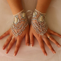 Wedding Gloves,Bridal Gloves,Silver Lace Glove,Mittens,Costume Glove,Wedding Accessory,Bridal Accessory