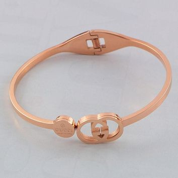 GUCCI 2018 new women's tide brand fashion hollow bracelet F--HLYS-SP Rose gold