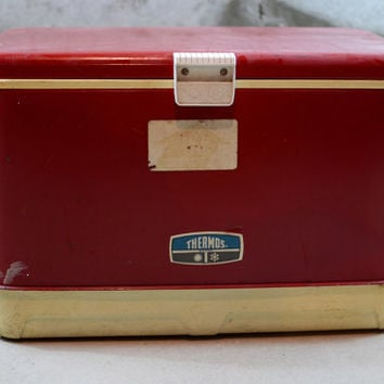 Retro Vintage Thermos Cooler, Red Vintage Cooler, Icy Hot Cooler, Retro Camping Gear, Ice Chest