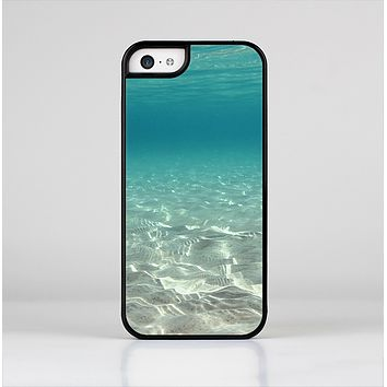 The Under The Sea Scenery Skin-Sert for the Apple iPhone 5c Skin-Sert Case