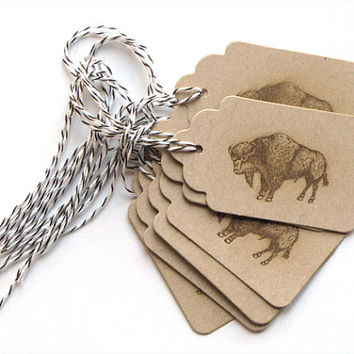 Buffalo Kraft Favor Tags, Buffalo, gift tags, party tags, scallop tags, distressed, kraft tags, hand stamped