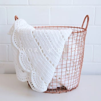 Round Handmade Crochet Knit Blanket White Super Soft Baby Shawl Wrap