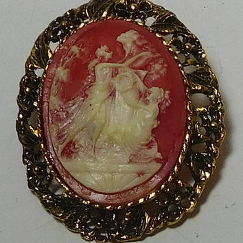 Cameo Brooch, Cameo Pendant, Roman Figurines, Man Woman, Red Background, Pink Background, Antiqued Gold Tone Setting, Large Oval, Victorian