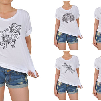 Women Animals drawing in black- white Printed Cotton T-shirt  WTS_12