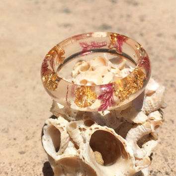 Nude Sea Plant and Gold Flake Resin Ring. Real Sea Life Ring. Mermaid Jewelry