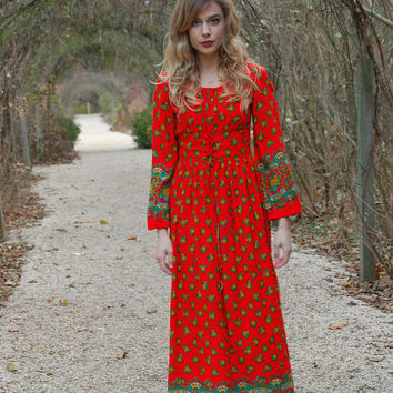 Vintage 70s Red FLORAL Maxi Dress Boho Dress PRINTED Hippie Dress