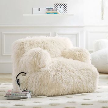 Ivory Furlicious Faux-Fur Eco-Lounger